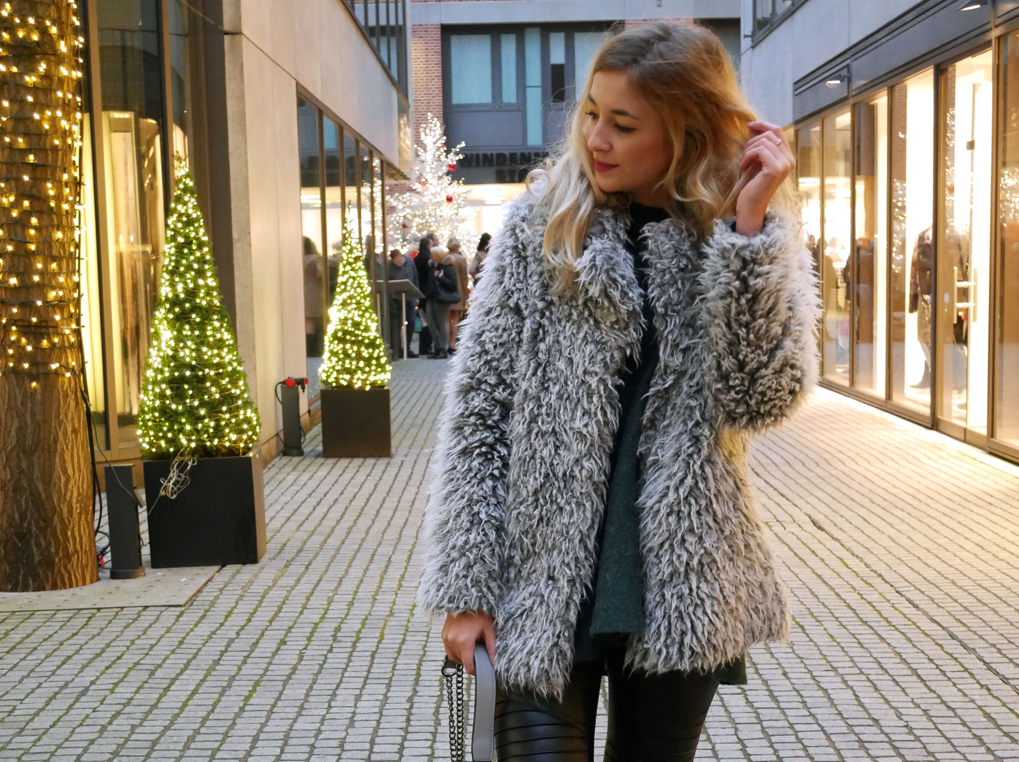 Faux-Fur All Over Look